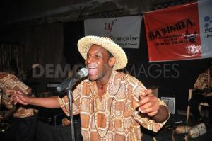 La noche de Kampala acoge mucha música en vivo