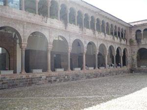 El patio principal del Convento de Santo Domingo
