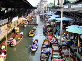 Panorámica del mercado Klong Toey en Bangkok