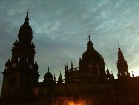 La Catedral al anochecer resulta muy fotogénica