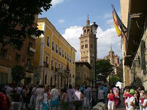 Un buen ambiente junto a la Casa de Aragón