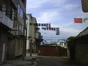 Un callejón de Poti junto a la agencia de UKRFerry