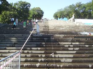 Las escaleras de Potemkin vistas desde su parte inferior