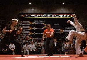 Fotograma del combate final de la película Karate Kid