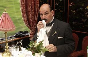 El detective Hércules Poirot, a bordo del Orient Express