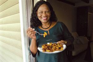Una excelente cocinera muestra su mejor versión de 'Keleweles'