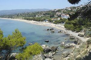 La idílica costa de Kalamata ofrece algo más que aceitunas