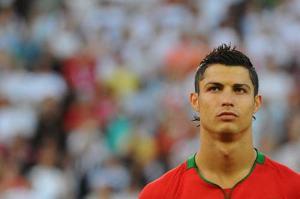 Cristiano, durante un partido con la selección lusa