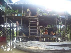 La sorprendente arquitectura del pueblo palafito de Kompong Phluk