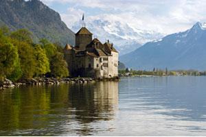 Un hermoso lago en el cantón de Vaud